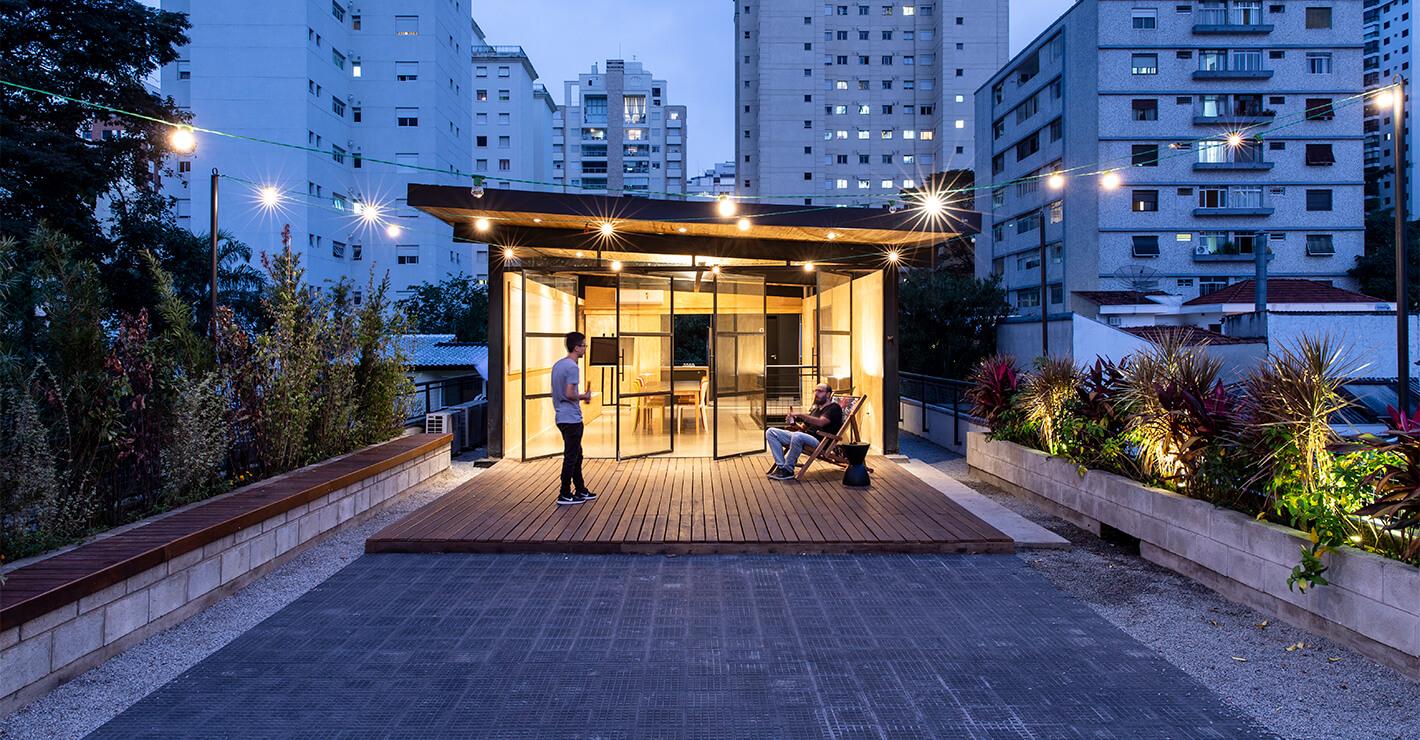Prédio Questtonó: terraço com espaço aberto
